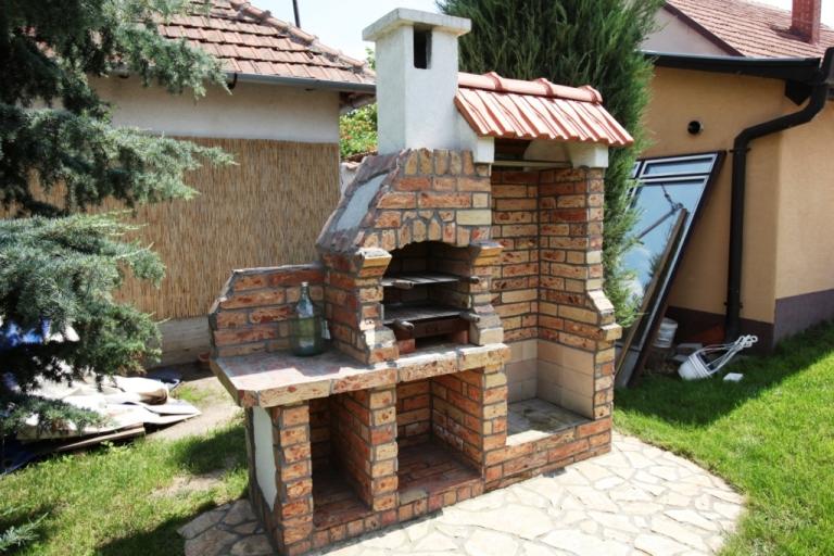 Kerti grill és bogrács egy helyen   KEMAX